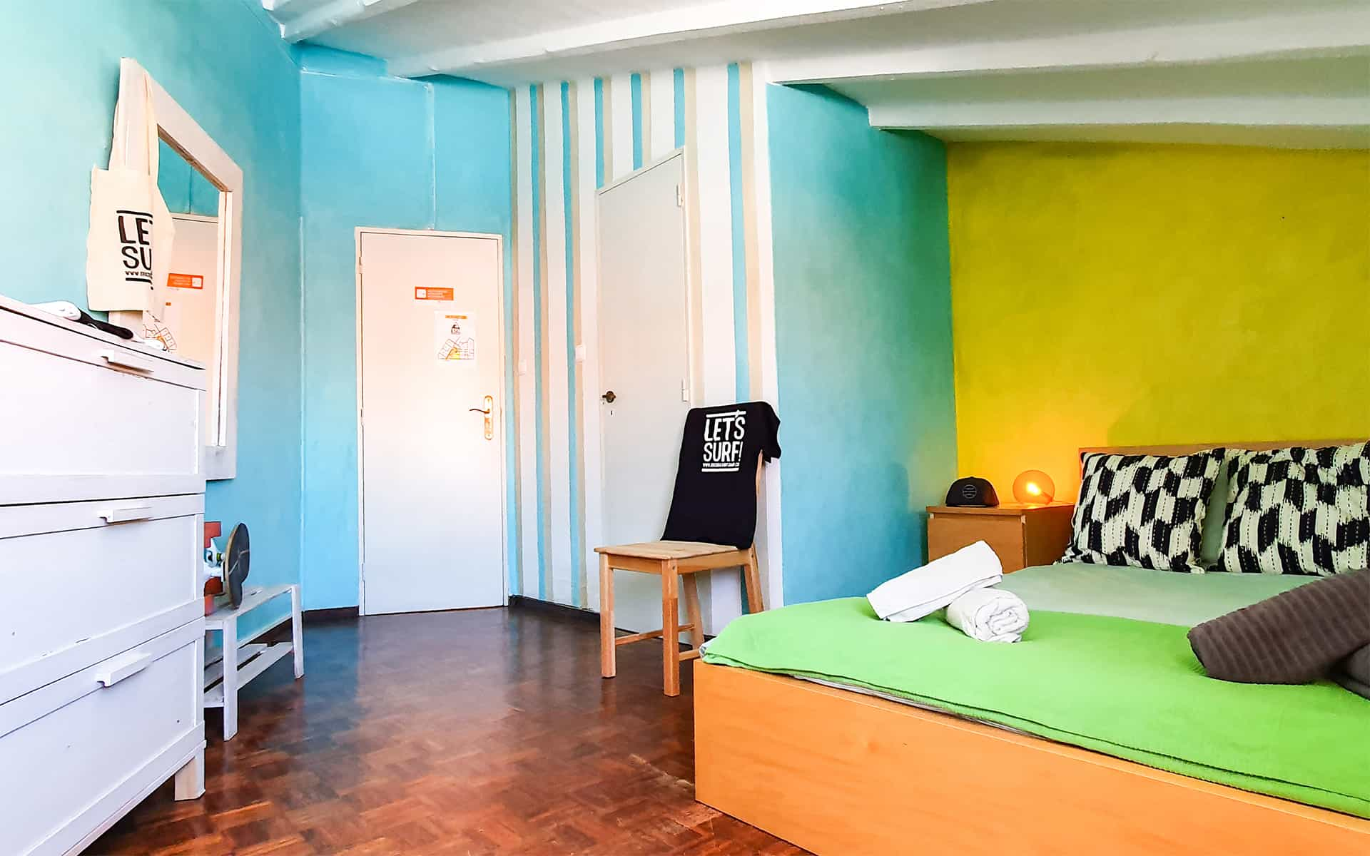 surf camp ericeira - Booking Rooms - Lime Room